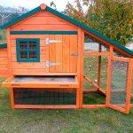 Готовый домик для домашних птиц