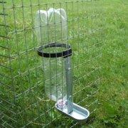 Поилка для цыплят своими руками из пластиковой бутылки: инструкция изготовления