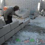 Начало строительства сарая для свиней