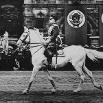 Маршал Жуков принимает парад Победы