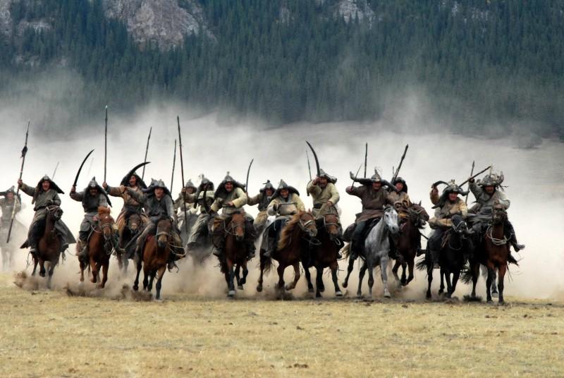 Монгольское войско на лошадях