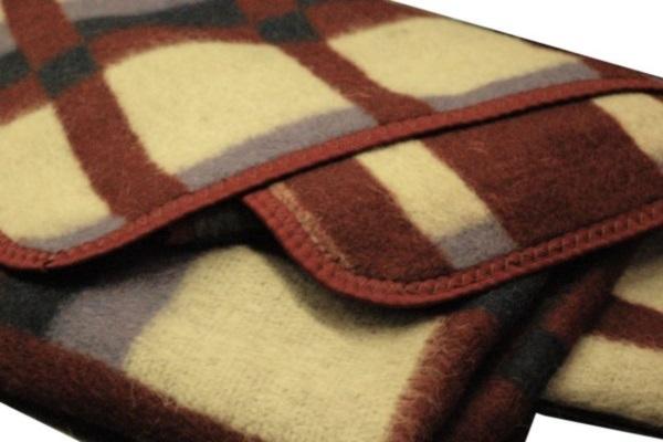 Отличное шерстяное одеяло