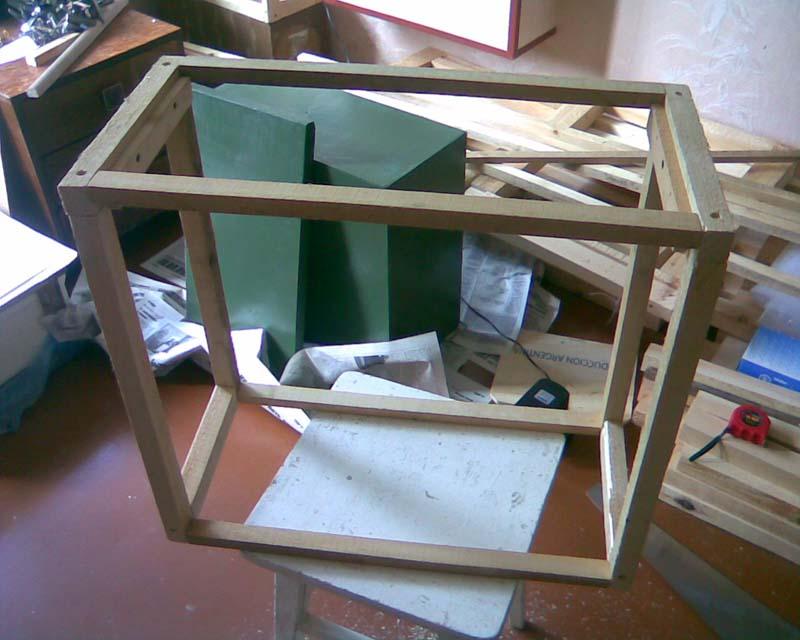 Самодельный каркас ящика для рамок