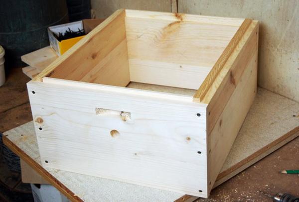 Пчеловождение в ульях на рамку 145: технология и видео