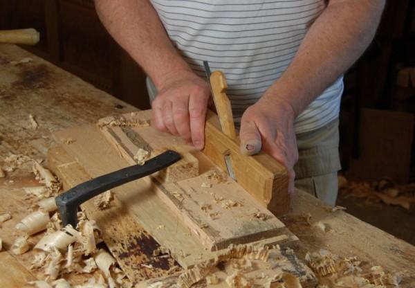 Обработка дерева мастером
