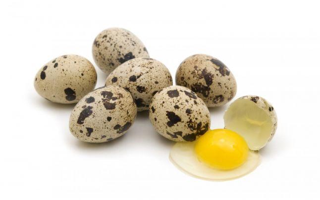 Разбитое перепелиное яйцо