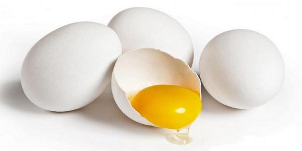 Куриные яйца с белой скорлупой